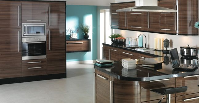 Benefits of fitted kitchens homeowners guide kitchen for Small fitted kitchen ideas