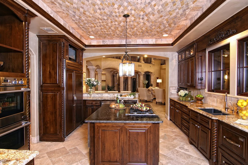 A gorgeous tuscan kitchen